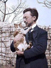 Kandinsky and his cat Vaske (1906)